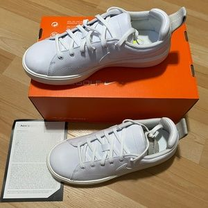 Nike Course Classic shoes size 9